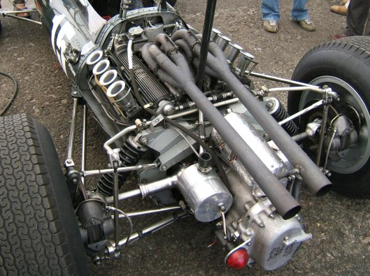 BRM_P261_engine_Donington