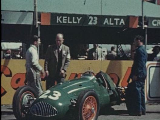 joe-kelly-at-the-1950-british-grand-prix