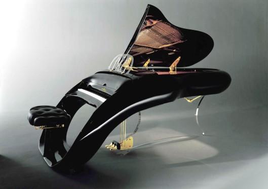 Colani Piano