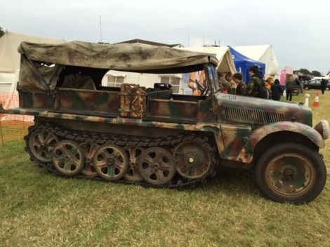 Dmag troop carrier.jpg